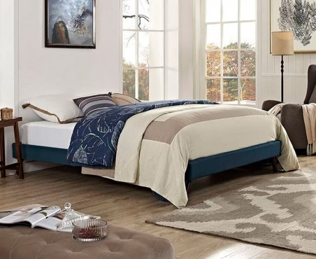 Habitación decorada con cama modelo Malabo lino marino