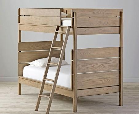 Litera modelo Ushuaia de madera con colchón.