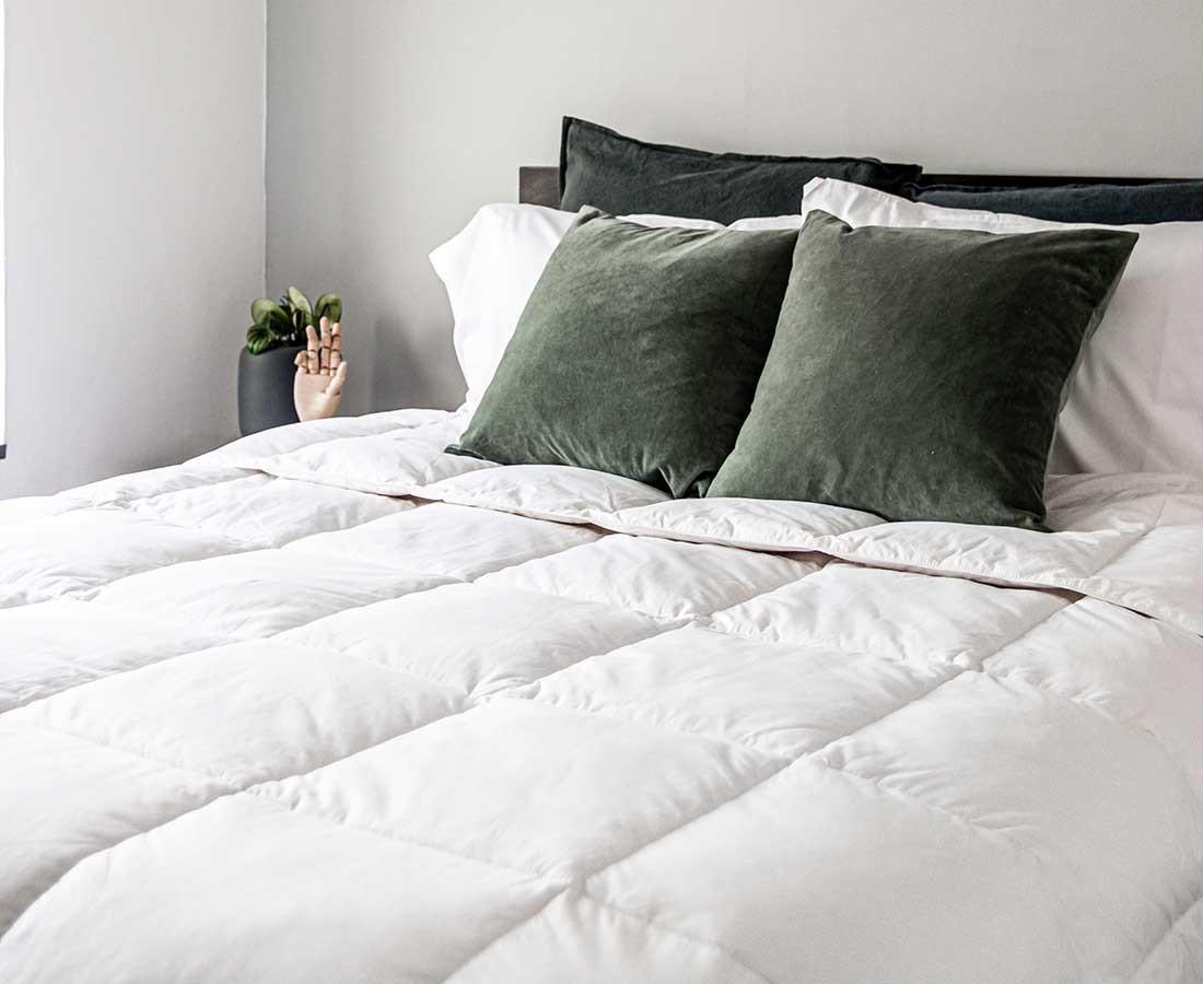 Base de cama new york con tela madera cabecera - Cuadros para cabecera de cama ...