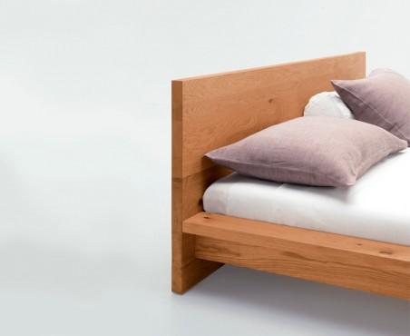 Detalle cabecera cama modelo Bristol
