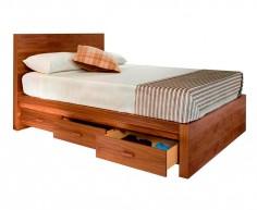 Cama fabricada con madera de pino y chapa modelo London con cajones